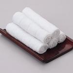 ピンサロではおしぼりで拭いただけのお客さんにサービスします